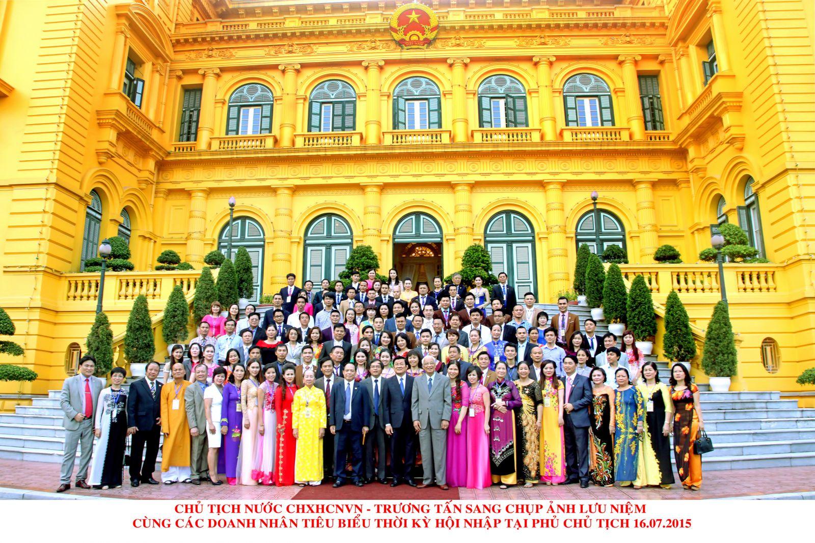 Đại diện Tatu Luxury tham gia buổi gặp mặt Chủ tịch nước Trương Tấn Sang năm 2015